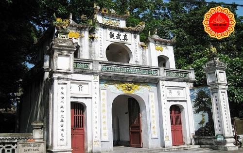 đền quán thánh ở đâu