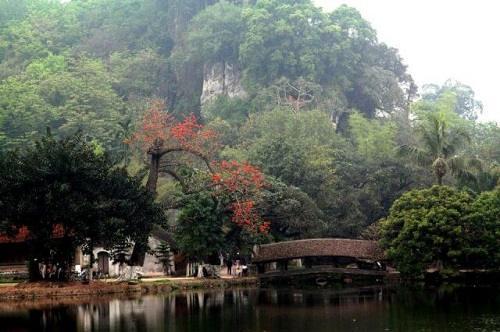 du lịch chùa thầy