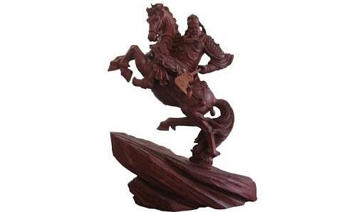 tượng quan vũ cưỡi ngựa