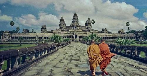 đền angkor wat ở campuchia