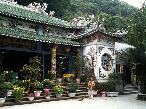 kiến trúc chùa linh ứng ngũ hành sơn