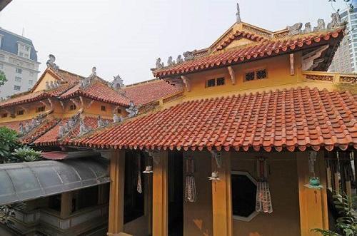 chùa quán sứ thờ ai