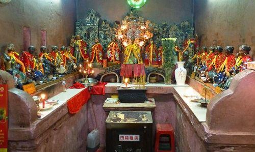 điện thờ kim hoa thánh mẫu chùa ngọc hoàng