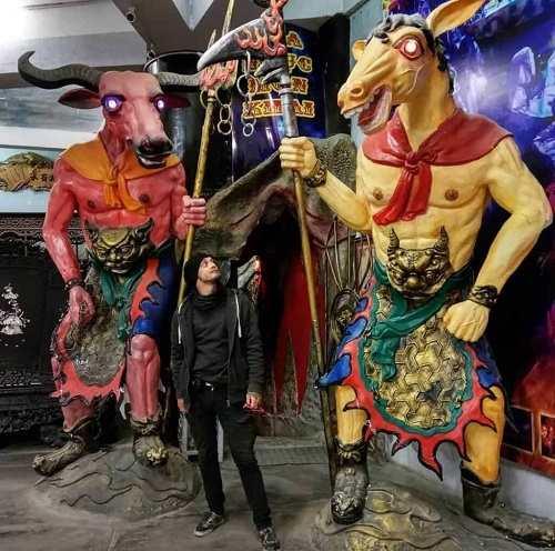 Chùa Ve Chai đà lạt 18 tầng địa ngục