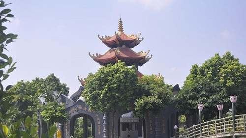 Khu vực phía trong chùa Đậu hà nội