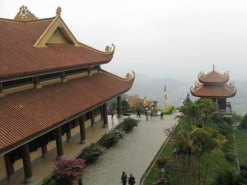 du lịch chùa tây thiên