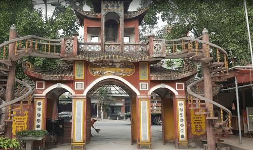 Cổng Tam Quan chùa An Lạc