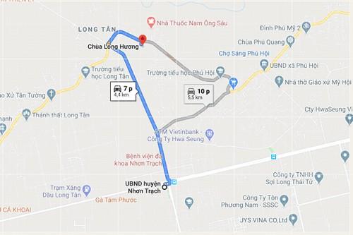 Đi đến chùa Long Hương bằng ô tô