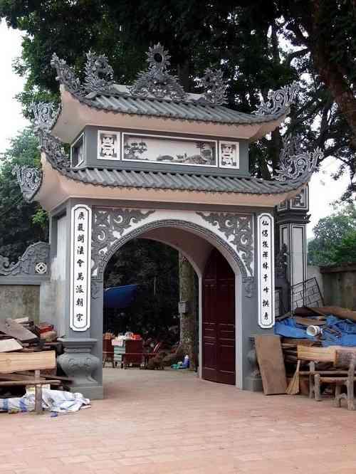 tam quan chùa trăm gian