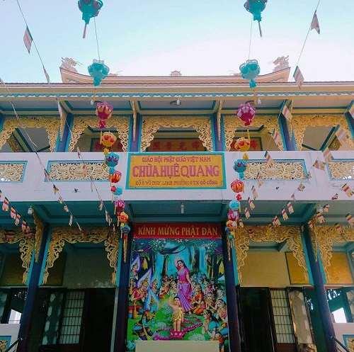 tham quan chùa Huệ Quang