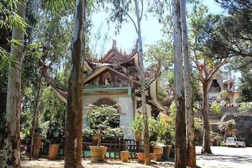 đền trung chùa giác nguyên