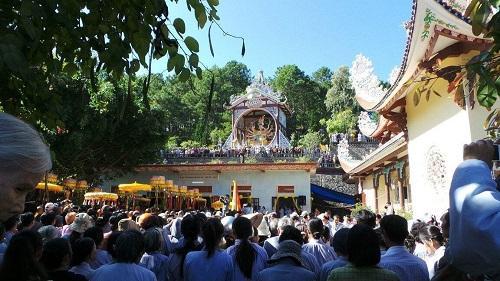 Lưu ý khi đi lễ chùa Giác Nguyên