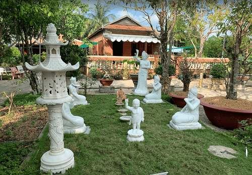 tham quan chùa Long Quang
