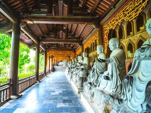 tượng la hán chùa bái đính