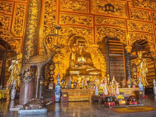 tượng phật bằng đồng chùa bái đính
