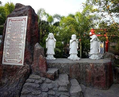 tượng phật trong chùa phật học 2