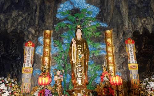 tượng phật chùa phổ quang