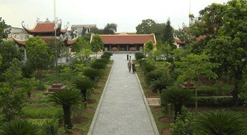 tham quan chùa Hưng Long